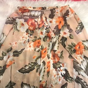 Colorful flowy skirt, never worn